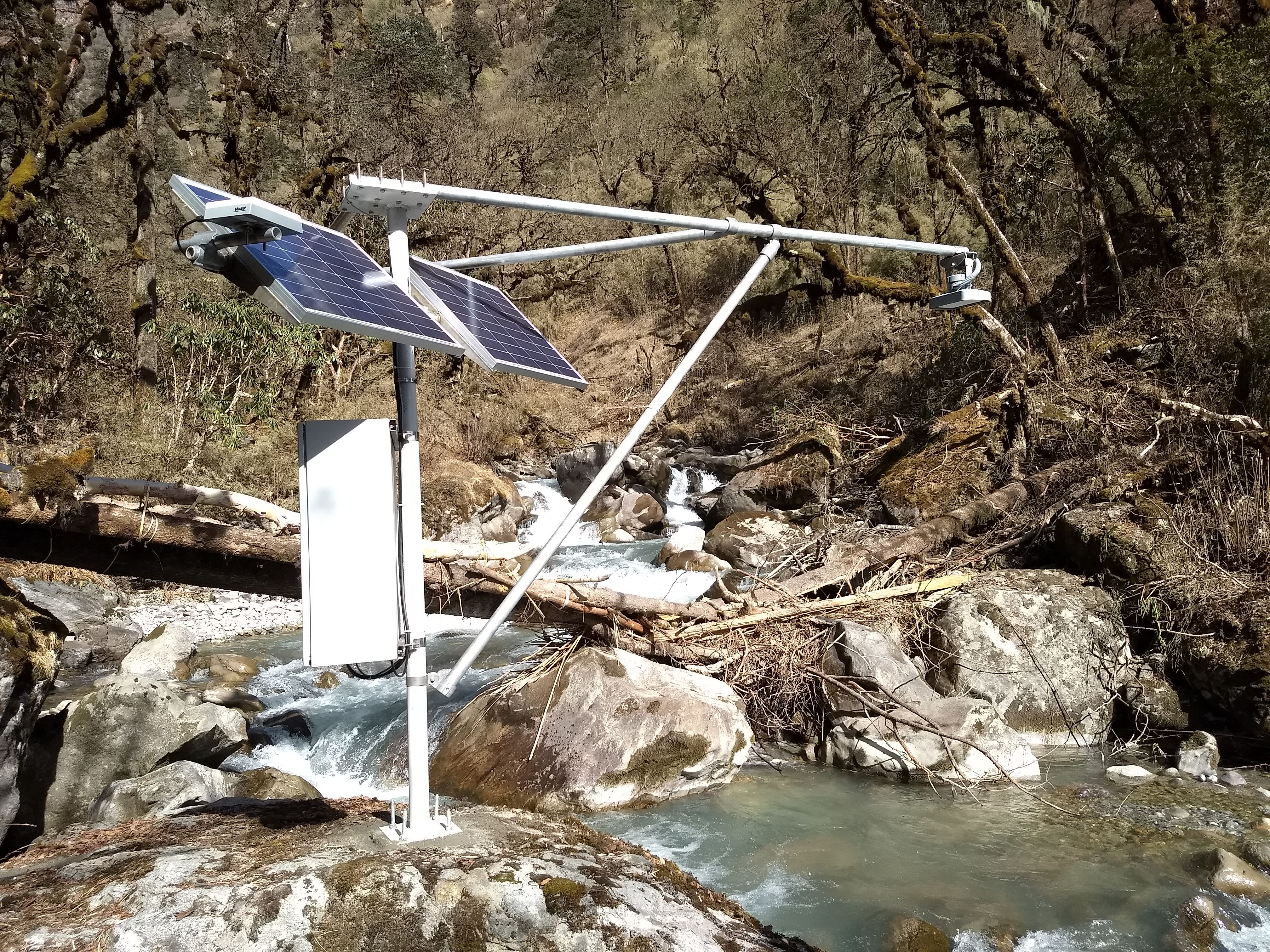 Installation and Maintenance of Automatic Hydrological Stations